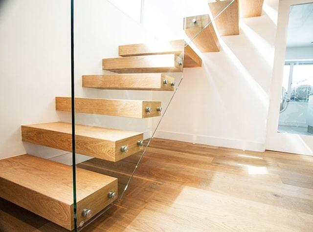 Бескаркасные лестницы